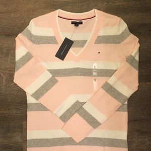 New Size Small Tommy Hilfiger Sweater